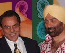 I'm very scared of dad Dharmendra, says Sunny