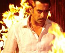 SRK, Dabangg big winners at Zee Cine Awards