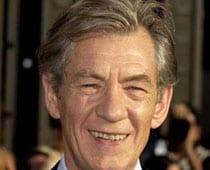 Ian McKellen to play Gandalf again in The Hobbit