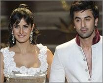 Ranbir-Katrina caught kissing