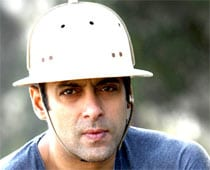 Chinkara case: Salman told to appear in person