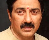 Sunny Deol's Mohalla Assi finally to be shot in Varanasi