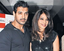 Bipasha, John To Endorse The Same Brand?