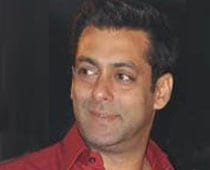 Salman's Cricket Bash Busted By Cops!