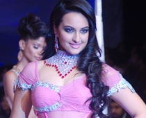 So What If I Play Haasan's Wife, Says Sonakshi