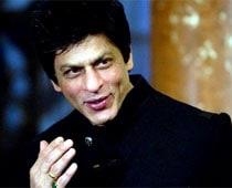 SRK: Goodbye Twitter, Hello Facebook