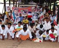 Thalaivar Get Well Soon, Fans Pray