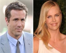 Ryan Reynolds dating Charlize Theron Tietoja minusta dating profiili esimerkkejä