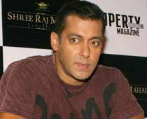 Salman in Hema Malini's 'Tell Me O KKhuda'