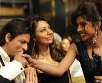 Tiff between Gauri-SRK because of Priyanka?