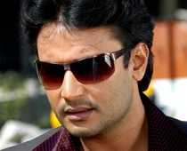 Darshan moves Sessions Court seeking bail
