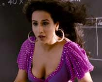 Thumbs up for The Dirty Picture, Agneepath trailers