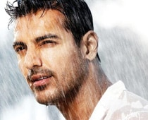 John Abraham turns producer with Vicky Donor