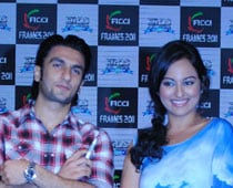 Sonakshi finds Ranveer over-friendly, irritating
