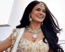 Veena Malik finalised for fourth season of 'Swayamvar'