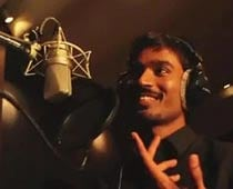 Speaking English was a huge problem for me: Dhanush