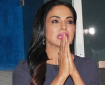 Not a publicity stunt, was unwell and resting: Veena Malik