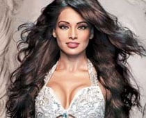 <i>Bipasha</i> song is not copied, says music director Salim