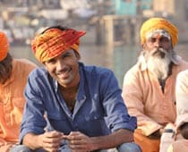 Dhanush signs first Hindi film Raanjhnaa