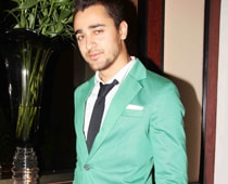 Imran to share video travelogue <I>Ek Main Aur Ekk Star</i>