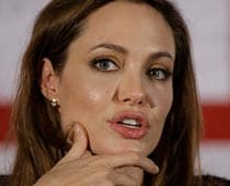 Angelina Jolie wishes she could speak to mother
