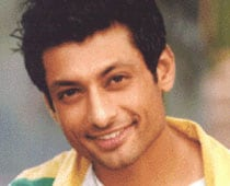 Actor Indraneil Sengupta to star in <i>Doshomi</i>