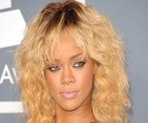 Rihanna eyeing fashion career?