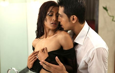 Not using sex as marketing tool for 'Hate Story': director