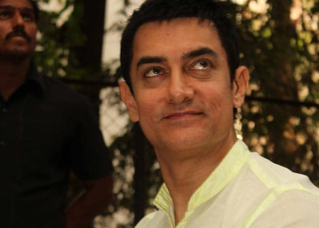 Now, Maharashtra wants Aamir's support for girl child
