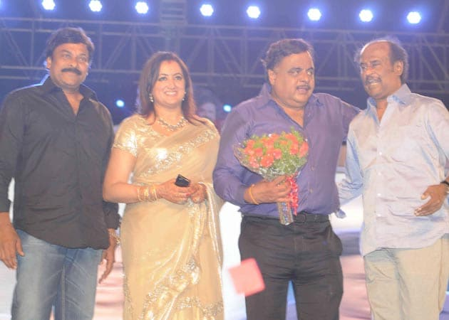 Rajinikanth, Chiranjeevi attend Ambareesh's 60th birthday bash