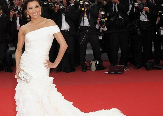 Eva Longoria steals from the Desperate Housewives set