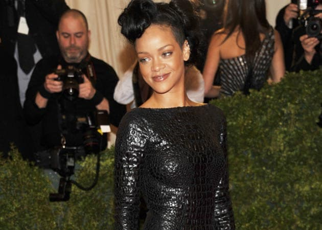 Rihanna can turn a straight woman bisexual