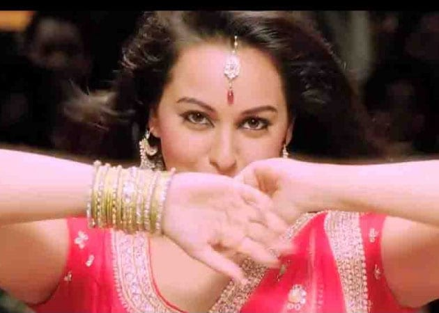 If presented decently, Sonakshi game for item songs