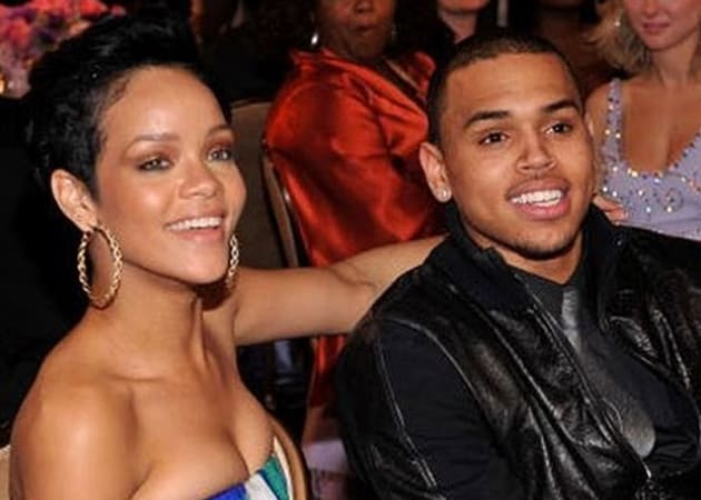 Chris Brown hangs out with Rihanna's family