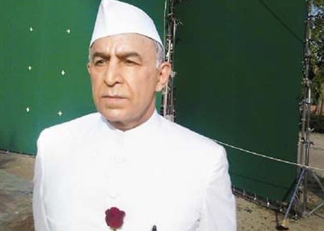 Playing Pandit Nehru in <i>Milkha Bhaag</i> huge responsibility: Dalip Tahil
