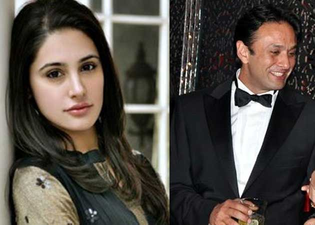 Nargis upset with queries about Ness Wadia
