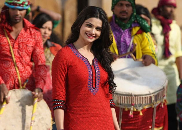 Outsiders are not taken seriously in Bollywood: Prachi Desai