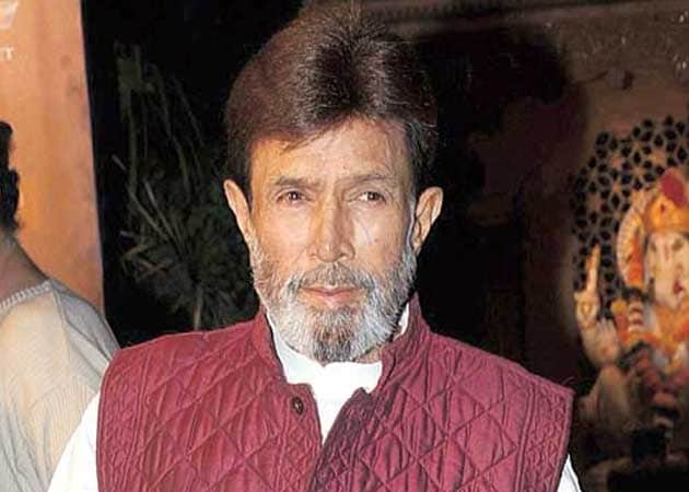 Stable Rajesh Khanna undergoes tests at hospital