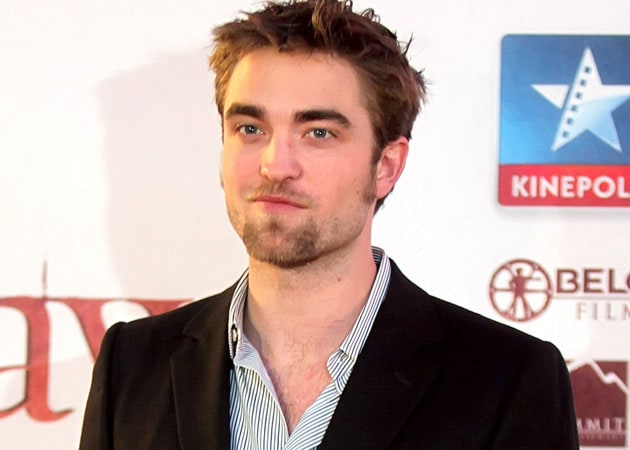 Robert Pattinson inundated with toothpicks since he quit smoking