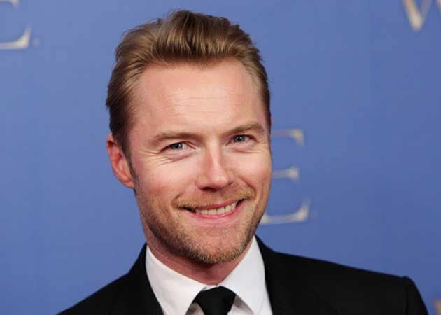 Ronan Keating finds being single really weird