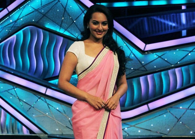 Sonakshi Sinha will be <i>Munni Badnaam</i> at IIFA