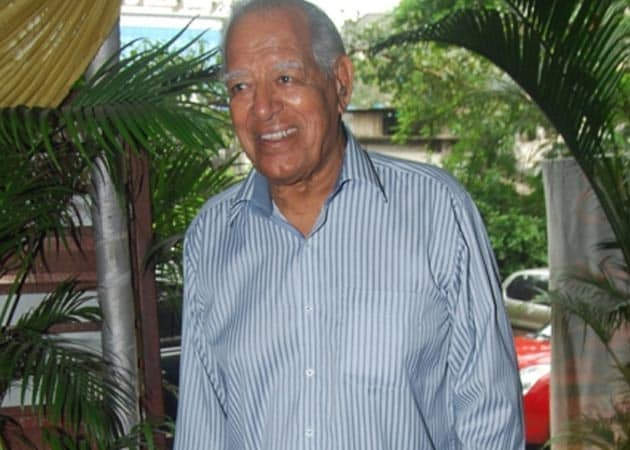 Dara Singh still critical, undergoes dialysis