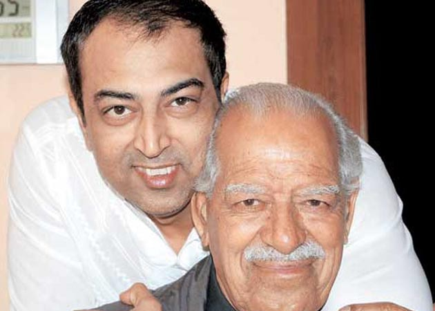 We aren't mourning, says Vindu Dara Singh