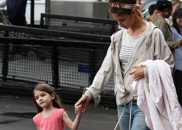 Katie Holmes to get primary custody of daughter Suri