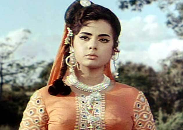 I am lonely: Mumtaz