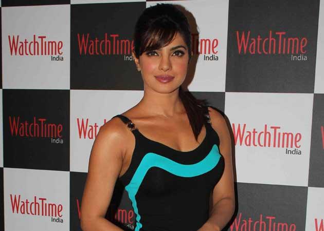 Priyanka enjoys Mumbai monsoons