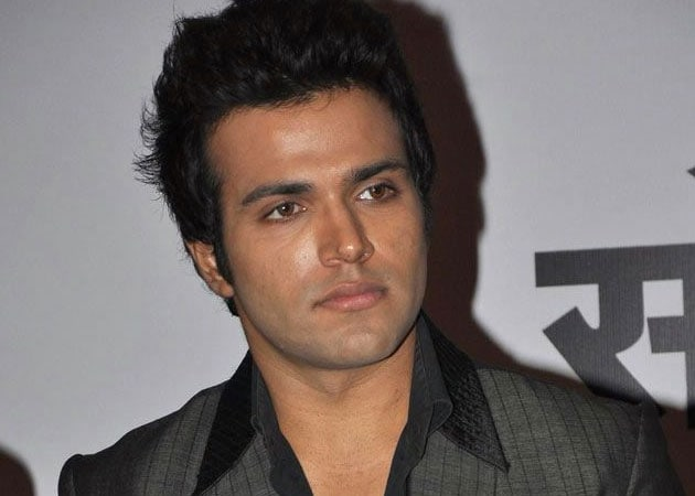 TV actor Rithvik Dhanjani wants to shatter stereotypes
