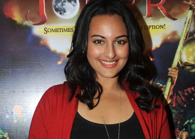Dad's health not affecting my movies: Sonakshi