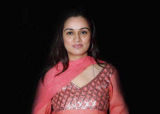 Padmini Kolhapure will make a comeback as Shahid Kapoor's onscreen mother