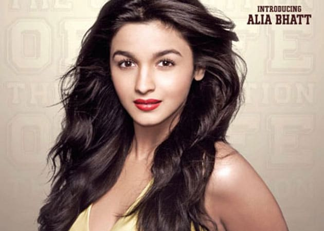 <i>Student Of The Year</i> Alia Bhatt not happy with first look?